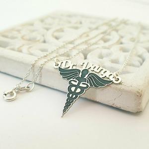 Lantisor personalizat - Pandantiv simbol Caduceus cu nume - Argint 925