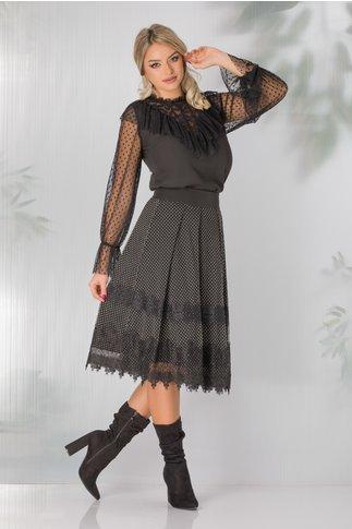 Fusta LaDonna neagra cu buline catifelate si dantela chantilly