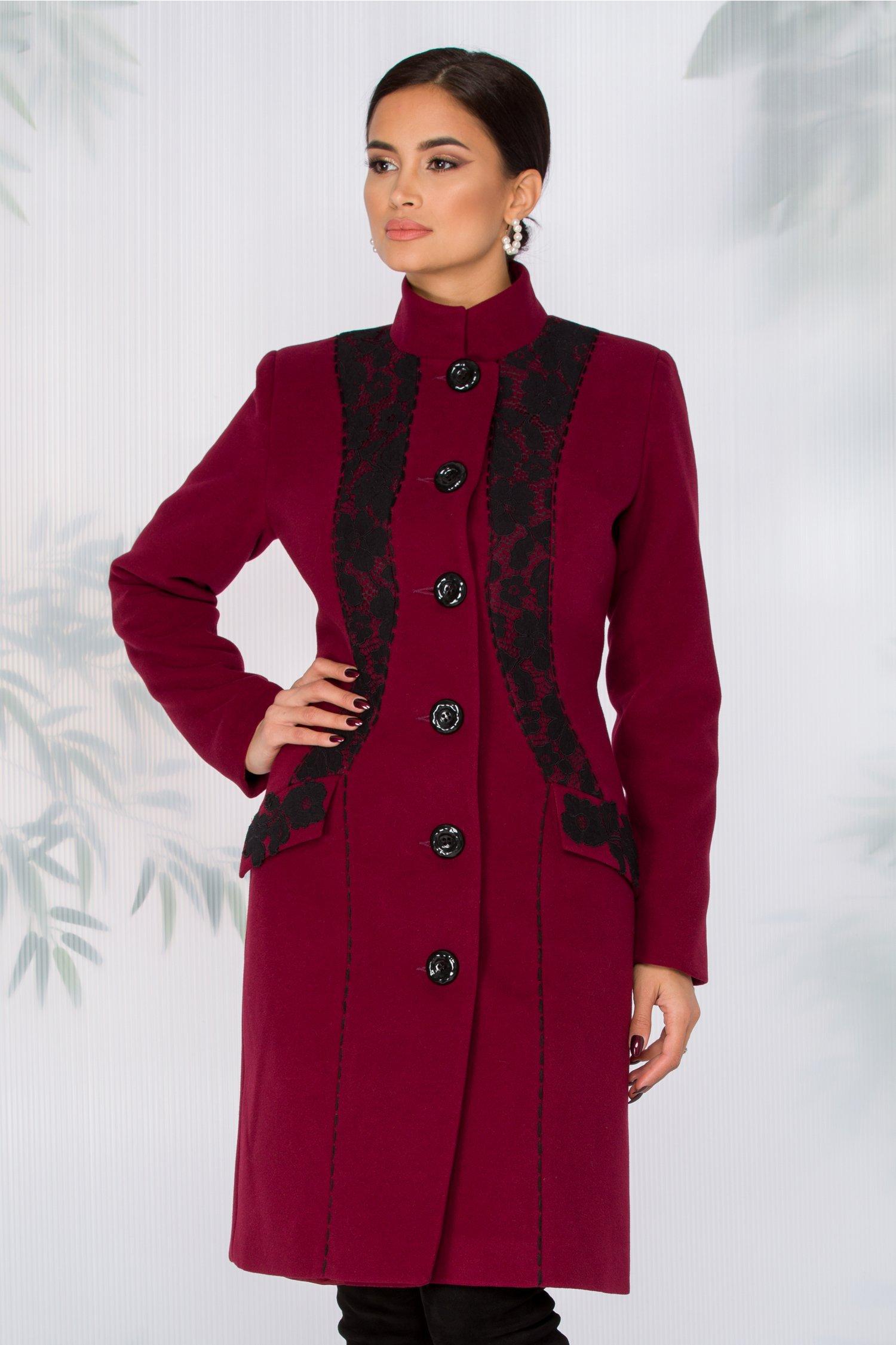 Palton LaDonna bordo cu broderie neagra handmade