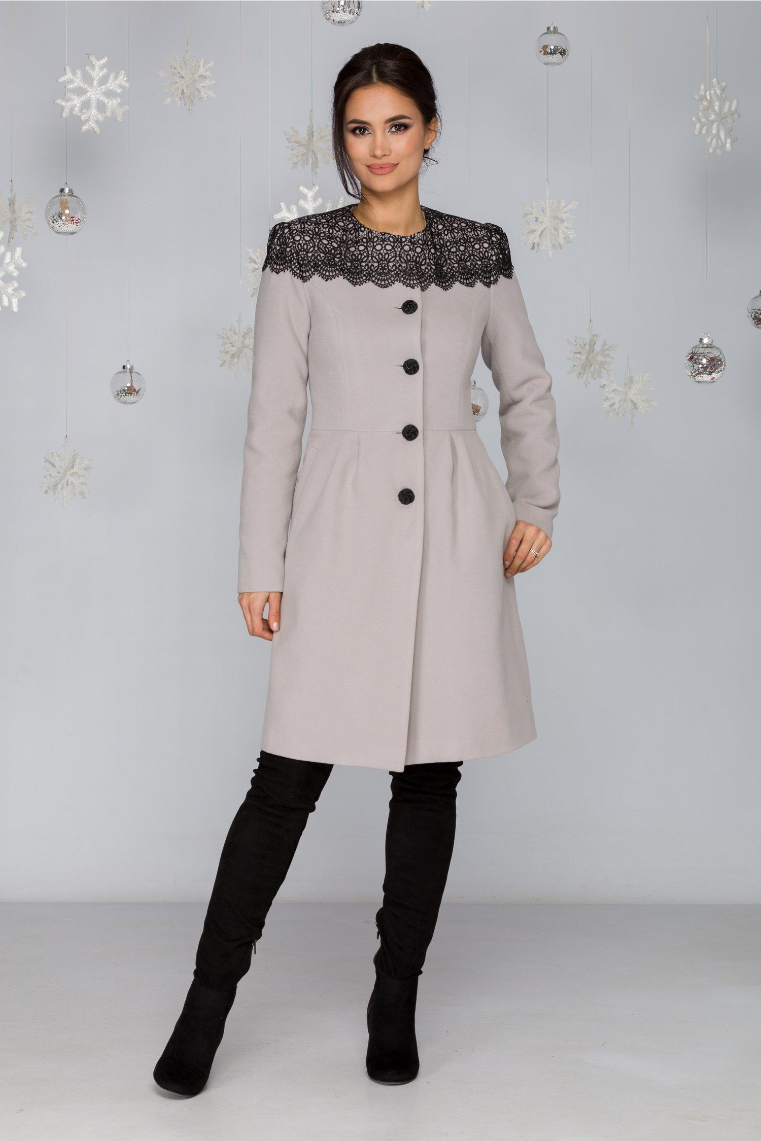 Palton LaDonna gri in croi clos cu broderie neagra handmade