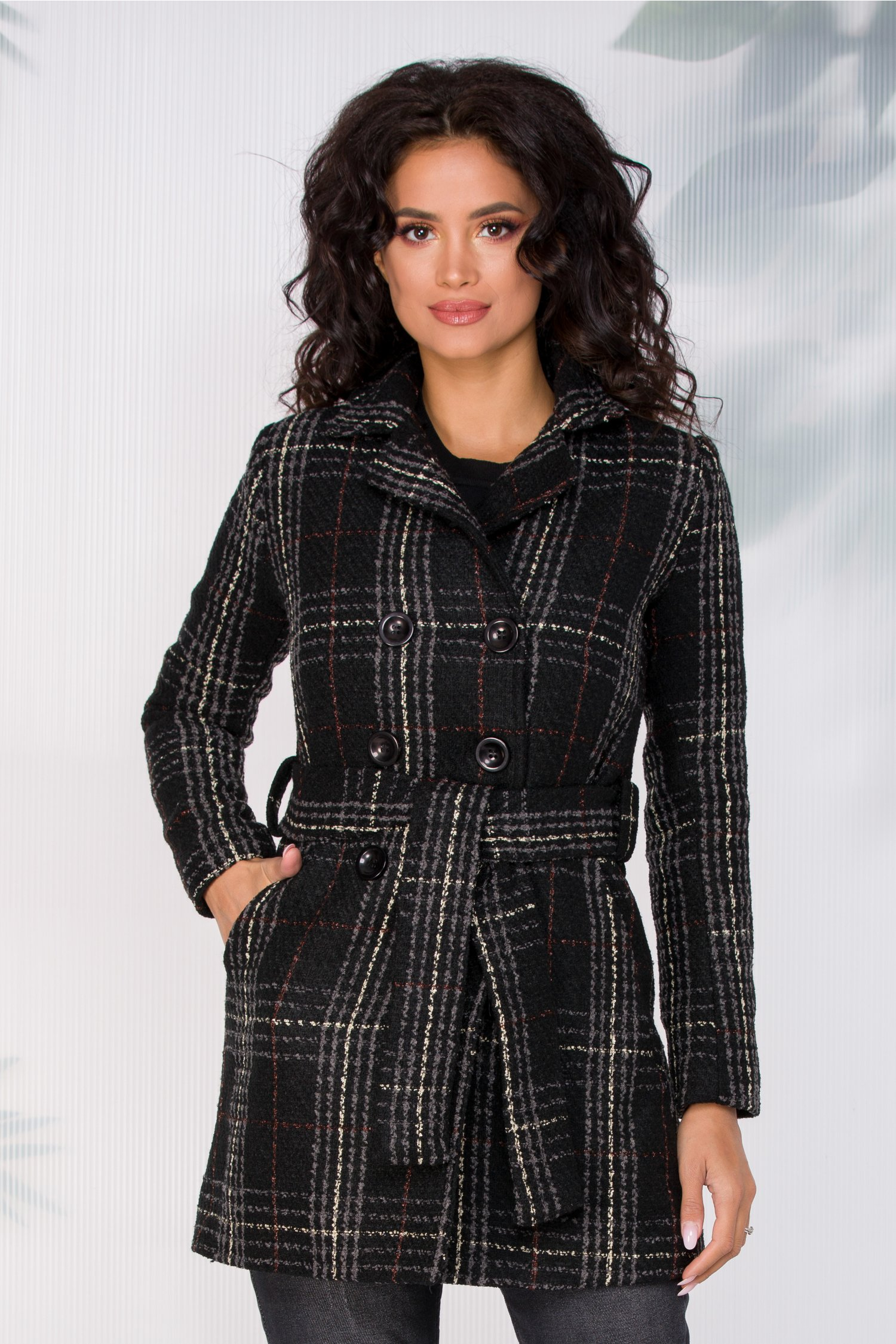 Palton Moze negru in carouri gri