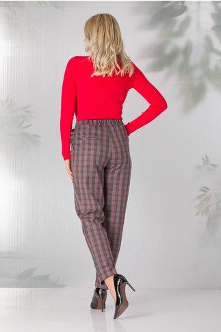 Pantaloni in carouri cu nuante tomnatice