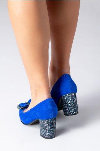 Pantofi albastru electric cu toc gros si insertii colorate