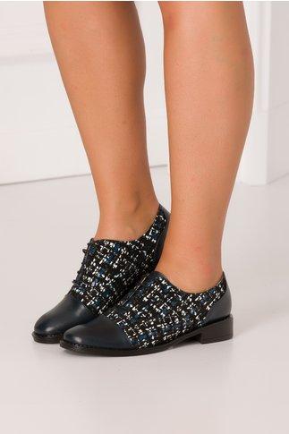 Pantofi casual bleumarin cu imprimeu abstract si talpa neagra