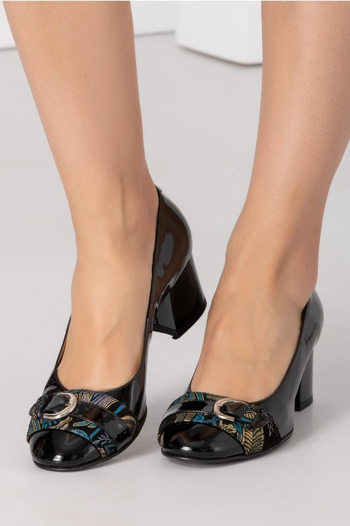 Pantofi dama negri cu imprimeu si catarama in fata