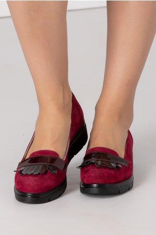Pantofi Emma magenta cu ciucurei si decupaj
