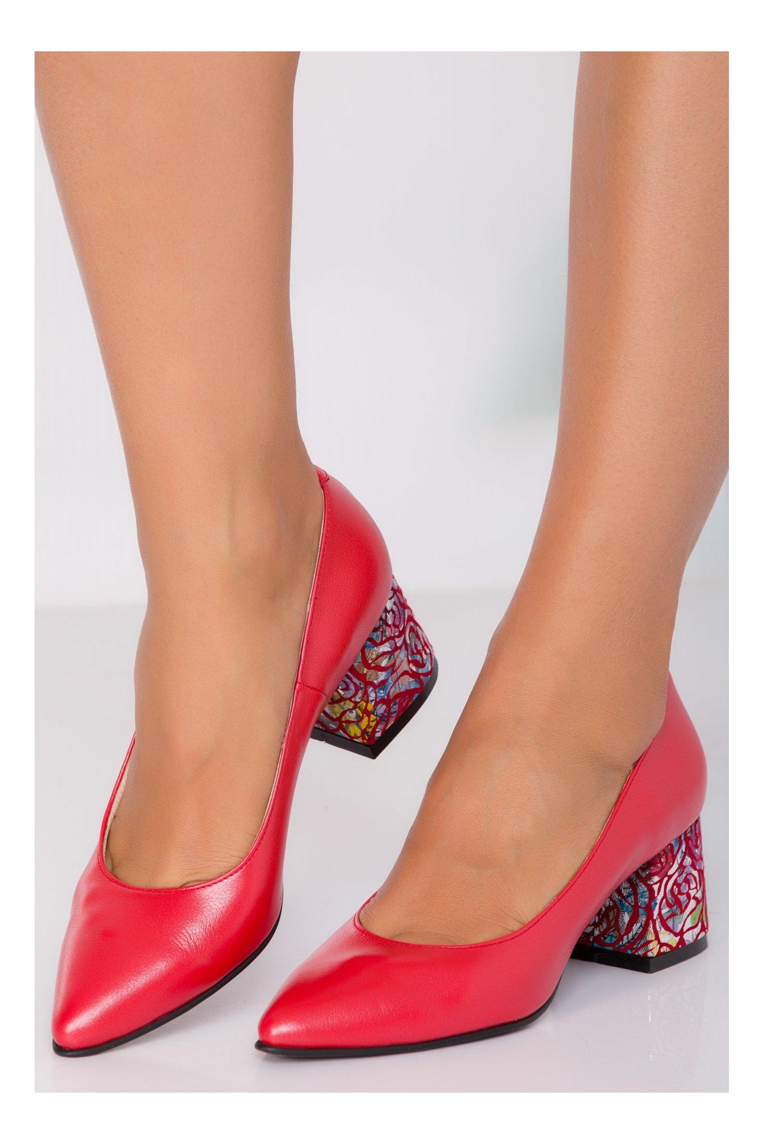 Pantofi Gina Rosii Cu Toc Imprimat