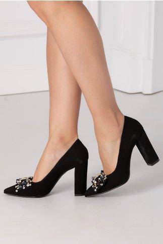 Pantofi Nelly negri din piele intoarsa cu funda in fata si aplicatii