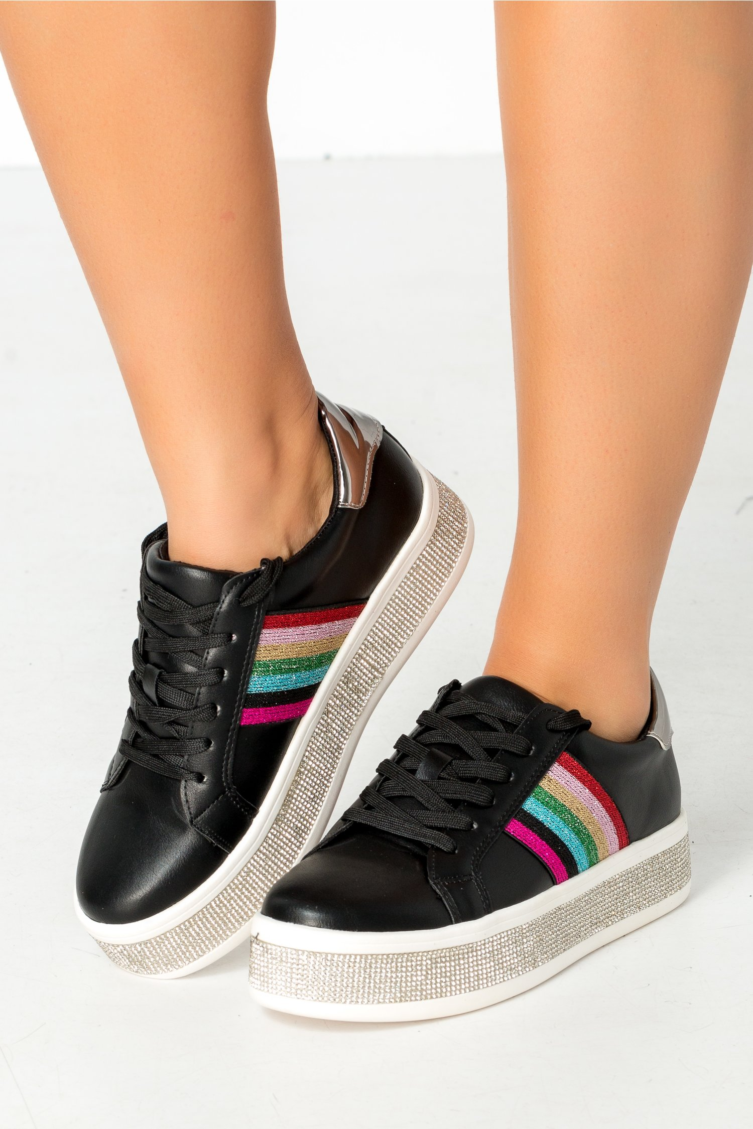 Pantofi sport negri cu strasuri si insertii colorate