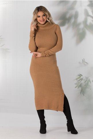 Rochie Andreea maro tricotata cu guler maxi