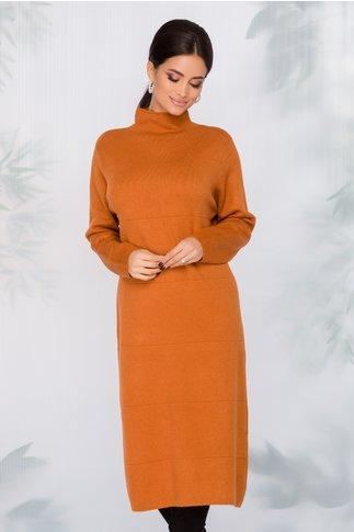 Rochie Aria caramizie din tricot cu dungi in relief