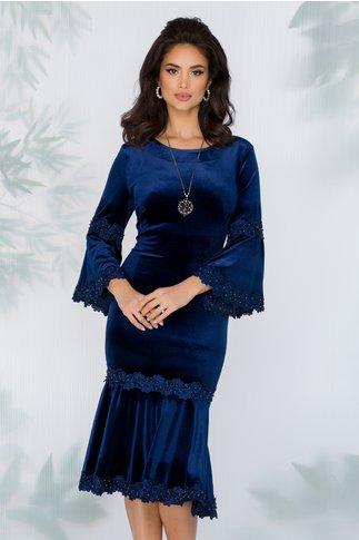 Rochie Cleopatra bleumarin din catifea cu insertii din dantela si margelute