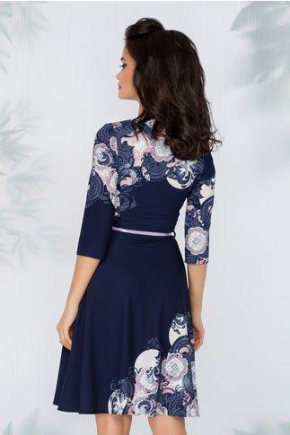 Rochie Dariana clos bleumarin cu imprimeuri lila