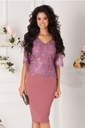 Rochie Fevronia roz coniac cu dantela lila la bust