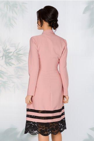 Rochie LaDonna roz petrecuta cu dantela la baza