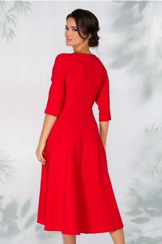 Rochie Leonella rosie cu aspect petrecut si detaliu metalic in talie
