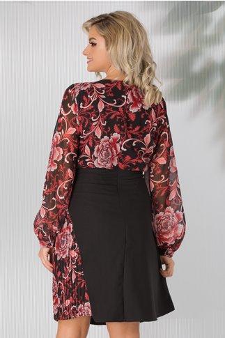 Rochie Saira neagra cu imprimeu floral bordo