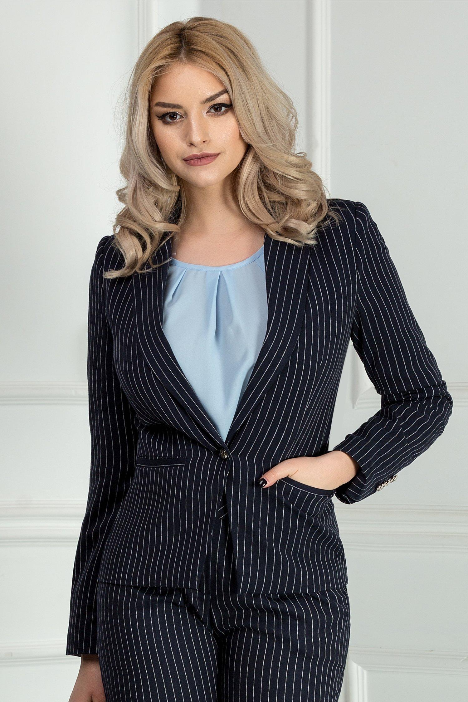 Sacou Meda bleumarin in dungi office