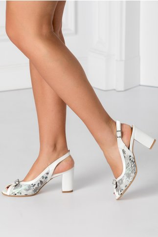 Sandale alb perlat cu imprimeu floral cameleonic