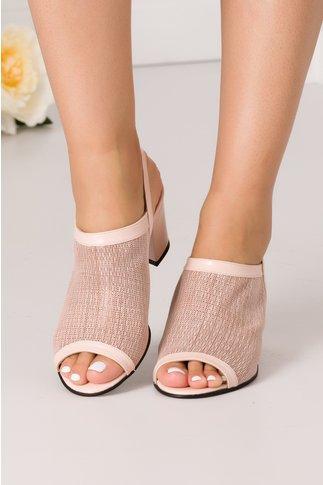 Sandale roz prafuit cu perforatii decupate in fata