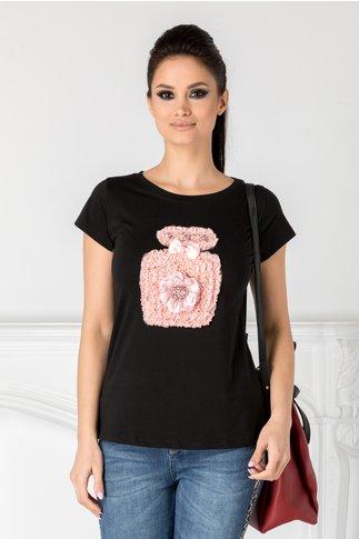 Tricou negru cu aplicatie din dantela roz