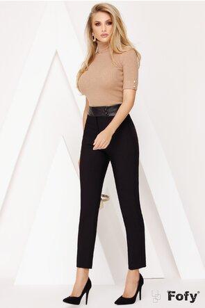 Pantaloni negri din stofa cu betelie si nasturi din piele ecologica
