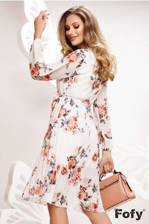 Rochie diafana alba cu imprimeu floral cu decolteu si fusta plisata