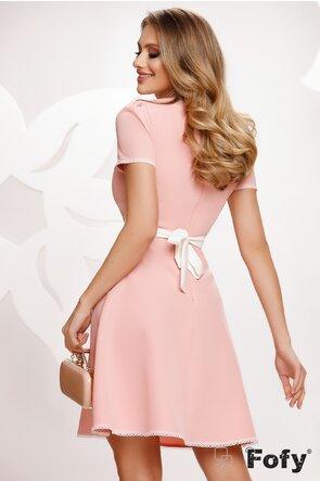 Rochie Fofy eleganta roz cu decolteu si contururi de dantela