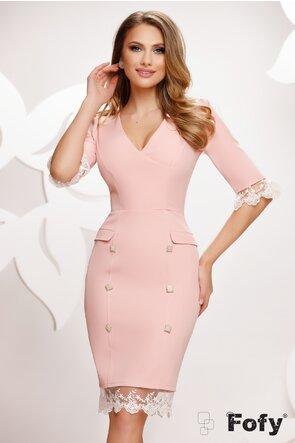 Rochie Fofy roz eleganta cu dantela si nasturi pretiosi cu perle si strassuri