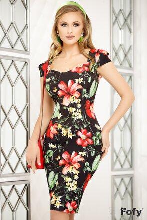 Rochie neagră cu imprimeu floral și decolteu generos