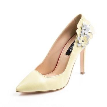 Pantofi stiletto galben pai din piele naturala cu aplicatii florale Trend