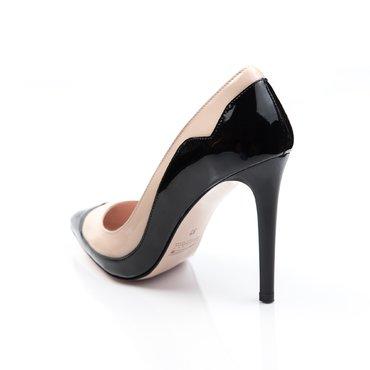Pantofi stiletto lac negru cu nude Melisa