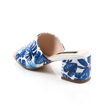 Saboti din piele naturala imprimeu flori albastre  Cleo