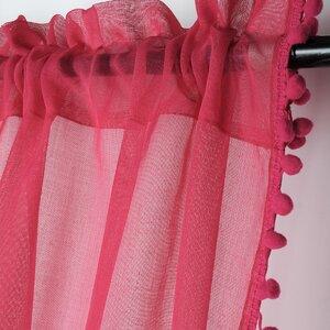Anya Perdea, Textil, Roz