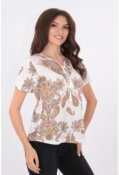 Bluza alba din vascoza cu print floral