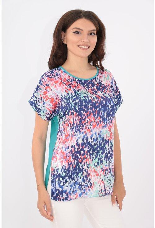 Bluza lejera turcoaz cu print multicolor