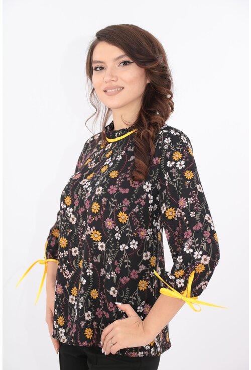 Bluza neagra cu print floral mustar