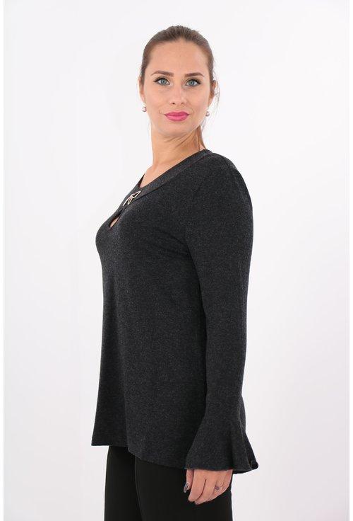 Bluza neagra din tricot