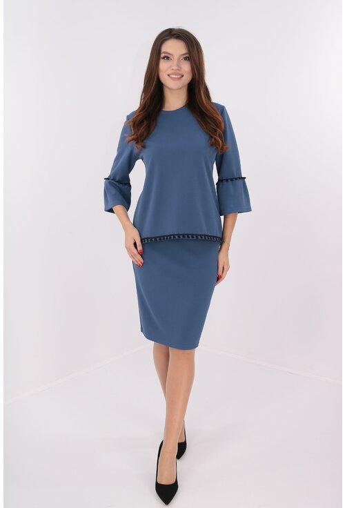 Costum albastru bluza si fusta