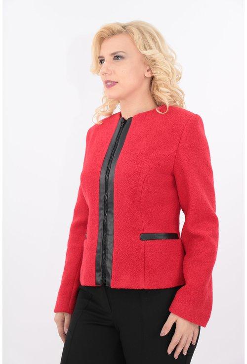 Jacheta rosie din stofa bucle cu fermoar