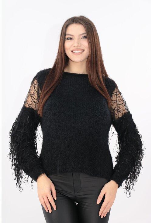 Pulover tricotat negru cu franjuri si dantela