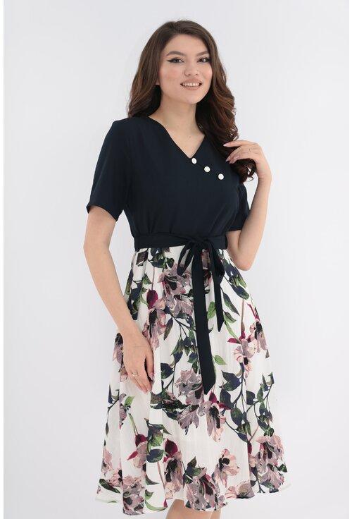 Rochie clos din in cu print floral maxi