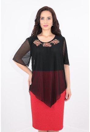 Rochie din stofa rosie cu fir metalic si voal plisat negru