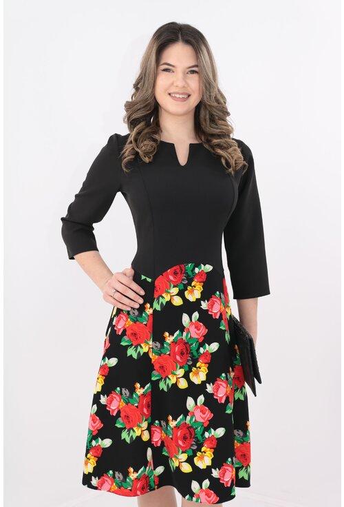 Rochie neagra de zi cu trandafiri rosii